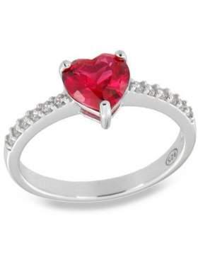 Δακτυλίδι ασημένιο επιπλατινωμένο με άσπρες πέτρες ζιργκόν και κόκκινη σε σχέδιο καρδιά