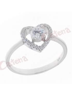 Δαχτυλίδι ασημένιο επιπλατινωμένο στολισμένο με άσπρες πέτρες ζιργκόν σε σχέδιο καρδιά