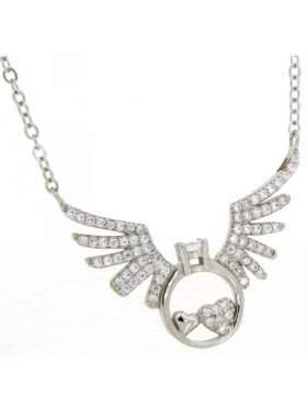 Μενταγιόν με αλυσίδα επιπλατινωμένο με άσπρες πέτρες ζιργκόν σε σχέδιο δακτυλίδι μονόπετρο με φτερά