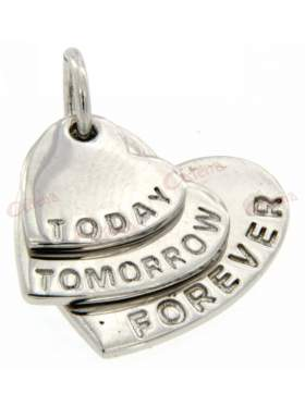 Ασημένιο μενταγιόν, σε σχέδιο τριπλή καρδιά με λογότυπο today,tomorrow,forever
