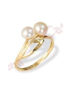 Δαχτυλίδι χρυσό στολισμένο με δύο μαργαριτάρια