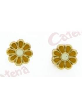 Σκουλαρίκι χρυσό με σμάλτο σε σχέδιο λουλούδι